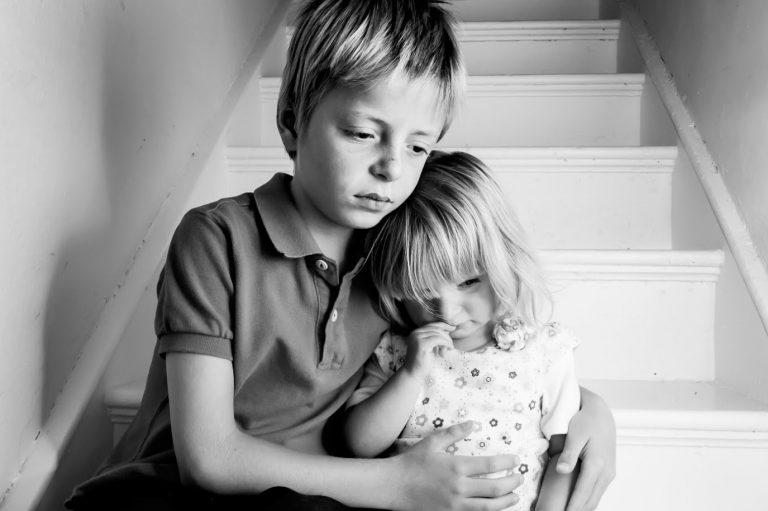 Niños, víctimas de las drogas y las adicciones de sus padres