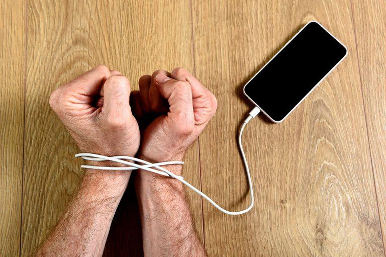 Síntomas de ansiedad por no usar el móvil