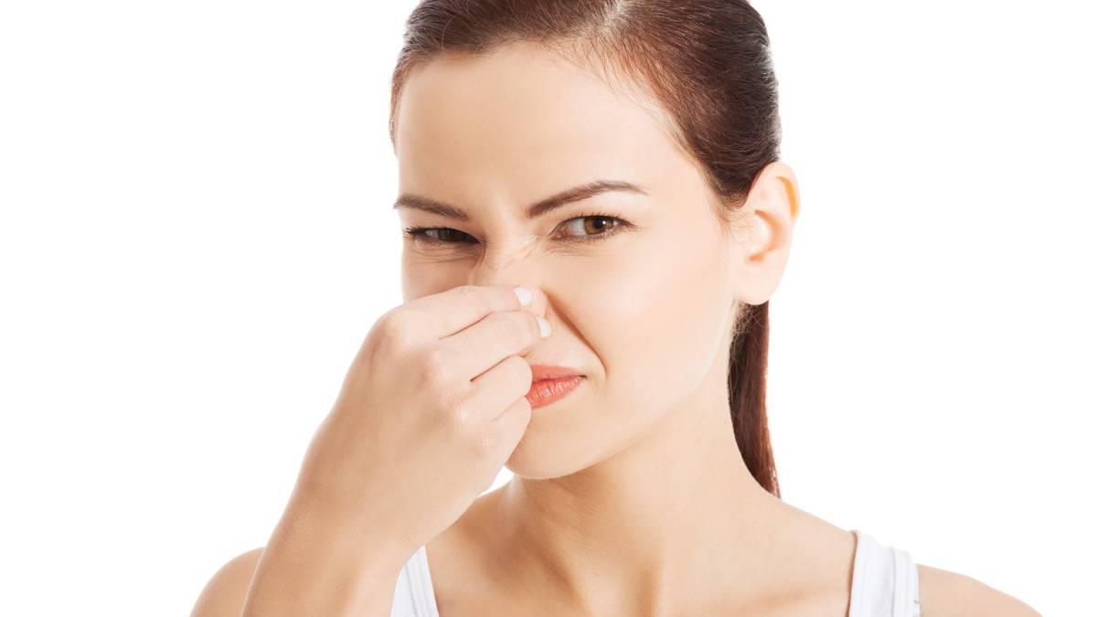 """La fantosmia o alucinación olfativa es un trastorno puntual o reiterado según el cual se percibe un olor """"fantasma"""" que resulta habitualmente desagradable y que no está presente en el entorno."""