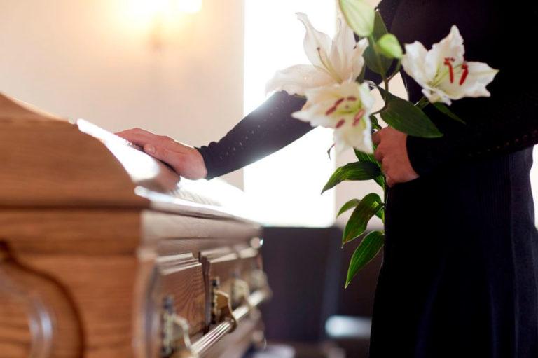 La pérdida de un ser queridoresulta una de las peores situaciones y un gran impacto a las que nos enfrentamos a lo largo de nuestra vida.