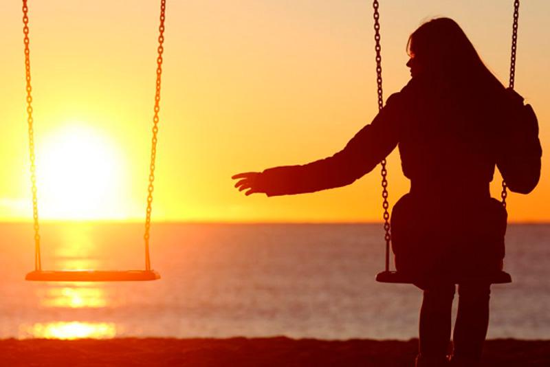 El Duelo es un estado psicológico que facilita aceptar progresivamente la pérdida y poder continuar nuestra vida sin la presencia de la persona fallecida.